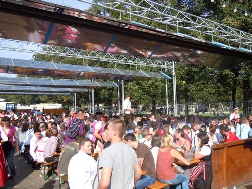 PHOTOS DE L'OKTOBERFEST 2011 A MUNICH Dscn1182-2d31f4a