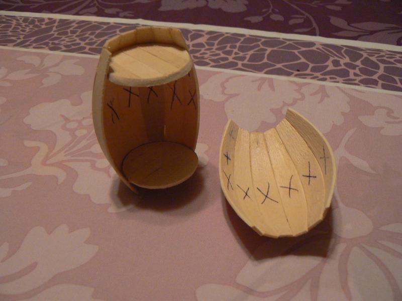 Les customs du Skarabee - tonneau de rhum en bois pour mon capitain (page 4) - Page 3 P1030460-31dae51