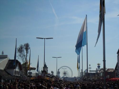 PHOTOS DE L'OKTOBERFEST 2011 A MUNICH Dscn1173-2d31eed